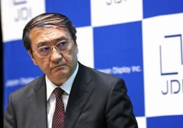 月崎義幸ジャパンディスプレイ社長記者会見(写真:毎日新聞社/アフロ)