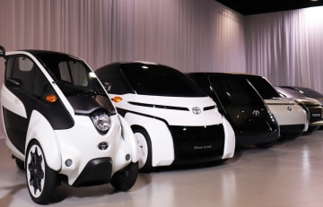 トヨタ、25年にEV・FCV販売100万台達成の見込み