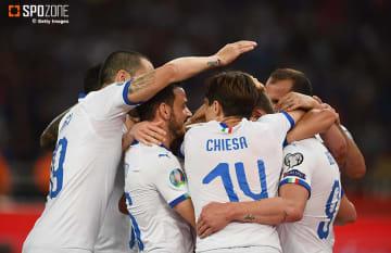 前半だけで3発決めたイタリアがギリシャに快勝