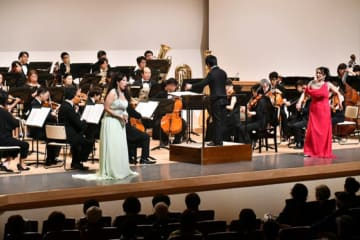オペラと共演し、聴衆を魅了した大阪交響楽団の演奏