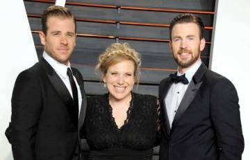 仲良し兄弟!(左から弟のスコット、姉のカーリー、クリス) - Jon Kopaloff/FilmMagic / Getty Images