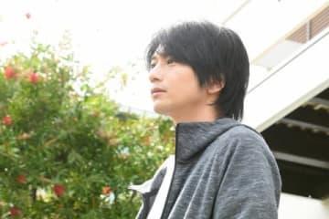 連続ドラマ「わたし、定時で帰ります。」に出演する向井理さん(C)TBS