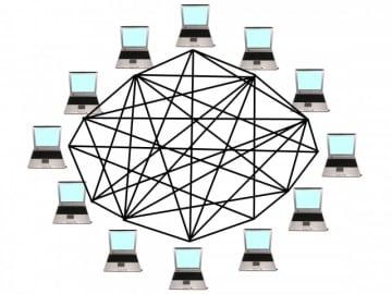 OKWAVE総研「社内業務」に関する調査を実施。「調べもの」に費やす時間は1日平均1.6時間。サッポロ・グループでは、AIチャットボット等を活用し暗黙知を形式知として共有、業務効率化を実現。