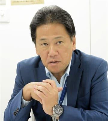 東アジア路線の拡充など今後の熊本空港の活性化策について話す三井不動産の久一康洋事業開発部長=東京都中央区