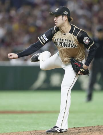 日本ハムの秋吉投手