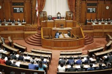 全会一致で棚田地域振興法を可決、成立させた参院本会議=12日午前