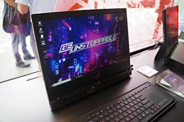 最上位機種「ROG Mothership GZ700GX」。CPUがCore i9、GPUがRTX 2080と現時点でCPU・GPU共に最高スペックを持つ