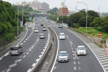 横浜横須賀道路(参考写真)