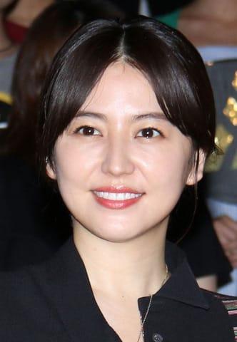 映画「コンフィデンスマンJP」の大ヒット御礼舞台あいさつに登場した長澤まさみさん