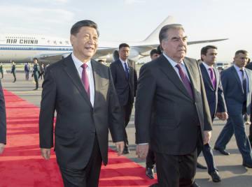 習近平主席、ドゥシャンベ到着 CICAサミット出席並びにタジキスタン公式訪問