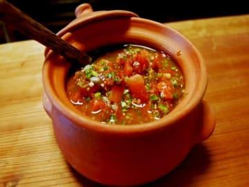 タコスはもちろん、焼き肉や魚料理、サラダ、カレーとの相性が抜群! 定番にしたい万能ソースです。