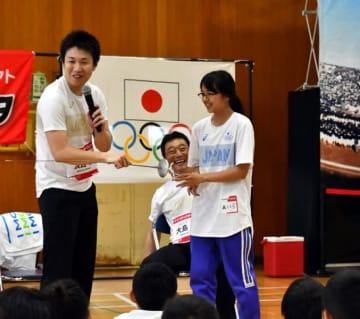 五輪選手と笑顔の交流 山田でJOCフェスタ 画像