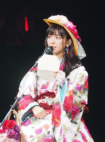卒業コンサートに登場したアイドルグループ「Juice=Juice」の宮崎由加さん