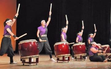 準優勝に輝いた安中総合学園和太鼓部「爛舞」のメンバー(日本太鼓協会提供)
