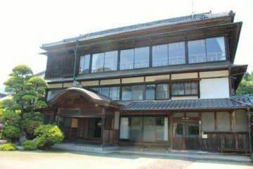 明治中期に建てられ多くの文化人が訪れた平田家住宅=中津市耶馬渓町平田