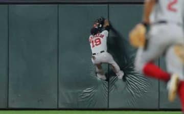 打球を好捕したレッドソックスのブラッドリーJr.【写真:Getty Images】