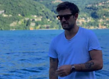 Alex Pettyfer Takes Casual Candids By Lake Como, Italy [PHOTOS]