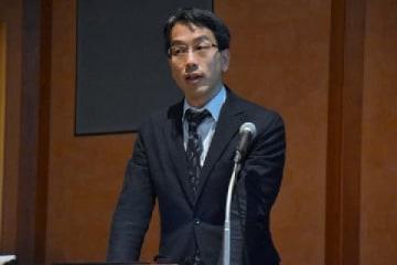 講演する平野弁護士(2019年6月15日、弁護士ドットコム撮影、東京都)