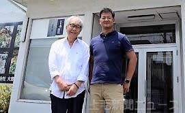 「地元の農業に貢献したい」と話す中里社長(左)と広瀬社長