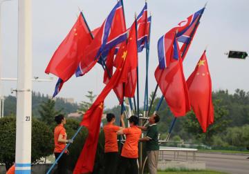 習近平氏、平壌に到着 朝鮮公式訪問開始