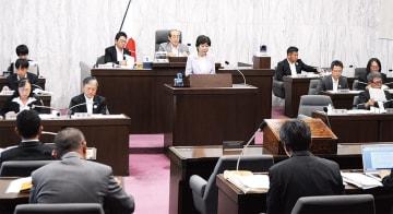 補正予算案を提案する村田町長