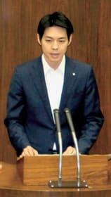 道政執行方針を説明する鈴木知事