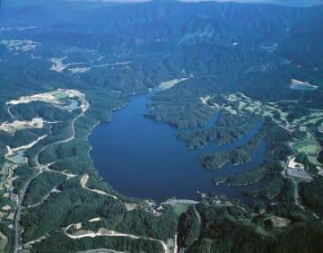 名勝指定を答申された満濃池(香川県観光協会提供)