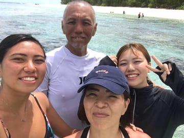 家族で過ごしたグアム旅行(提供・小牧葵さん)