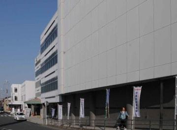 【資料写真】城陽市役所(京都府城陽市)