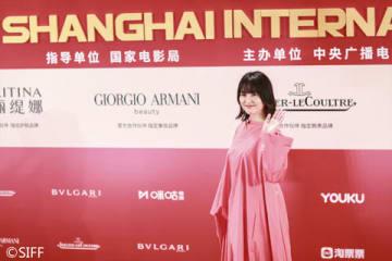 「第22回上海国際映画祭」の閉幕式レッドカーペットイベントに出席した長澤まさみさん(C)2019「コンフィデンスマンJP」製作委員会