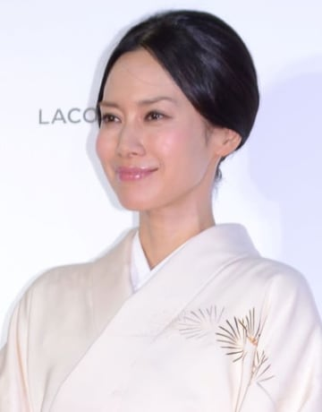 「フランス映画祭2019 横浜」のオープニングセレモニーに登場した中谷美紀さん