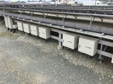 太陽光発電所に設置されているパワーコンディショナー(電力変換装置)