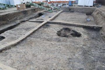 平重盛の邸宅「小松殿」の推定地で見つかった池跡(京都市南区)