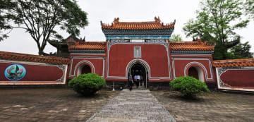 三国志の英雄、関羽が眠る「当陽関陵」 湖北省当陽市