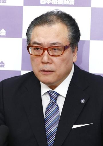 日本相撲協会審判部の阿武松部長