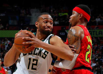 Bucks' Jabari Parker Suffers Left ACL Tear