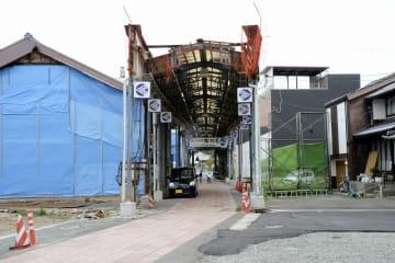 2019年秋に一部で拡幅工事が始まる「いづみ町商店街」=6月26日、福井県小浜市広峰