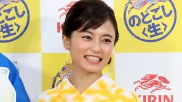 「キリン のどごし<生>」のイベント「夏の開幕式~いざ!ゴクゴクうまい。~」に出席した小島瑠璃子さん