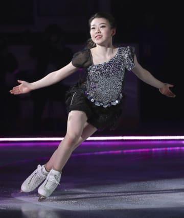 演技する紀平梨花=新横浜スケートセンター