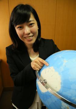 第61次南極観測隊に同行する県立守谷高校教諭の北沢佑子さん=守谷市大木