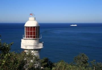 航路を照らす「百年の灯台」 遼寧省大連市