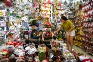 クリスマス用品の受注が最盛期 浙江省義烏市