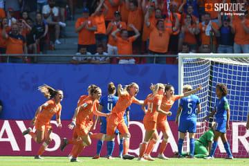 オランダがイタリアに快勝しベスト4入り