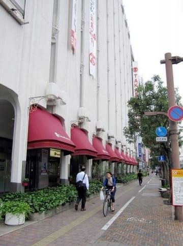 岡山県で最高となった岡山市北区本町、市役所筋(東側)。6年連続でアップした
