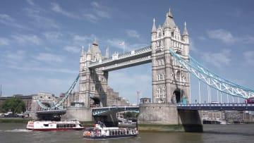 ロンドン・タワーブリッジ125歳 祝賀イベント開催
