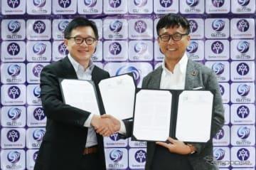 Tunas Ridean社のRico Adisurja Setiawan社長(左)とGMSの中島徳至代表(右)