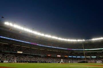 ヤンキースが16歳のジェイソン・ドミンゲスと高額契約を結んだ【写真:Getty Images】