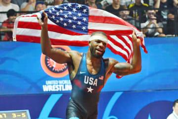 世界一奪還を目指す男子フリースタイル74kg級のジョーダン・バローズ。トルコとペルーで大舞台に臨む=写真は2017年世界選手権