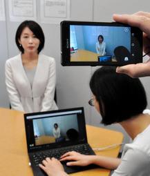 動画を使って現場の様子を伝えられる通報システム=神戸市中央区磯上通2
