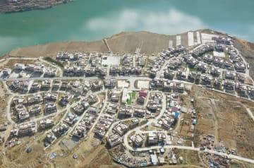四川~チベット間「川蔵道路」、沿線住民の増収を後押し